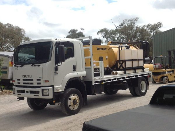 2012 Isuzu FTS800 with Vermeer SKV800HD 3