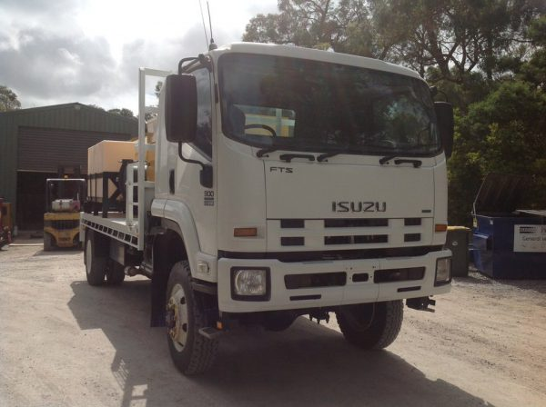 2012 Isuzu FTS800 with Vermeer SKV800HD 5
